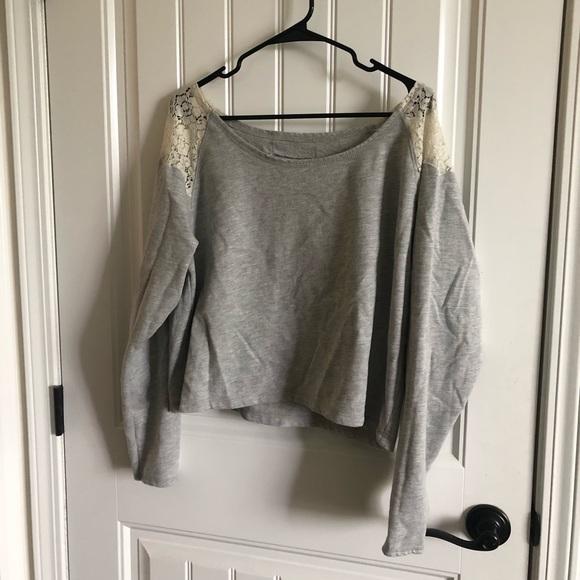 Sweaters - Grey off the shoulder croptop sweater